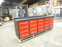 Combined tool cabinets workbenc