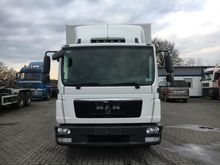 2010 MAN TGL 12.220 4X2 BL Box