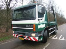 2000 DAF 75 PC Container transp
