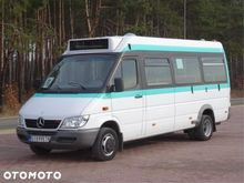 2004 Mercedes Benz SPRINTER 411