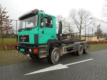 1990 MAN 33.372 6X6 Container t