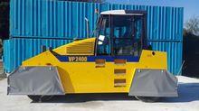 2000 Bomag STA VP2400 Rubber-Ty