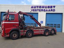 2011 Volvo FH Lorry with crane