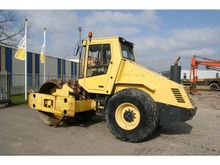 2001 Bomag BW 211 D-3 + padfoot