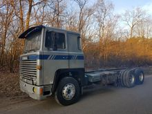 1980 Scania 141 V8. Chassis cab