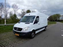 2011 Mercedes Benz Sprinter 310