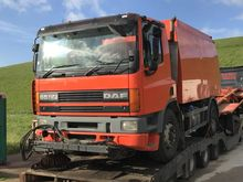 2000 DAF 65CF Sweeping Truck