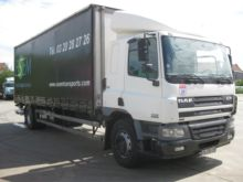 2001 DAF CF65220 Box with load