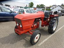 1971 Renault R 7251 Tractor