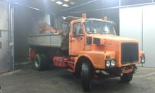 1975 Volvo n 10 Lorry with cran