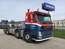 2013 Volvo FM 8x2/6 chassis cab