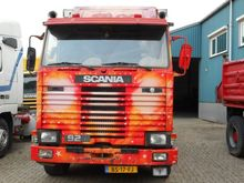 1986 Scania 93m Stake body