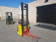 2006 Hyster S1.2 Stacker