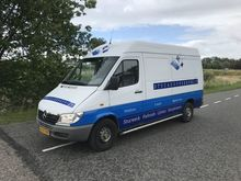 2001 Mercedes Benz Sprinter 311