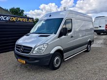 2011 Mercedes Benz Sprinter 210