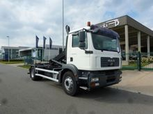 2009 MAN 19.330 Container trans
