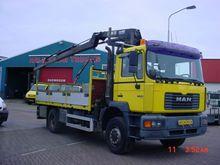 1999 MAN 18.264 Lorry with cran