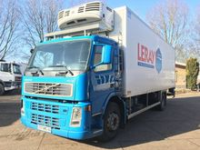 2005 Volvo FM9 THERMO KING 3x A