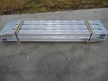 Aluminium oprijplaten Earth mov