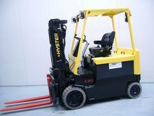 2002 Hyster E4.00XL Forklift