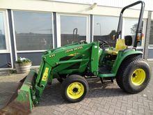 John Deere 4200 Tractor