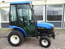 2006 New Holland TC21 Tractor