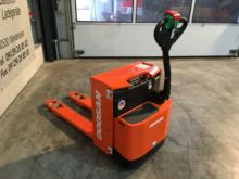 Used 2015 Doosan LED