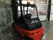 Used 2010 Linde E 30
