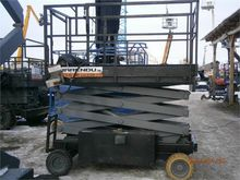 Used Scissor lift It