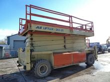 Used Scissor lift Li