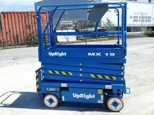 Scissor lift UpRight MX19 - 7,8