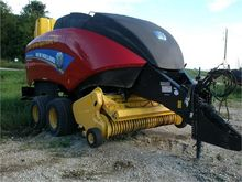 2013 NEW HOLLAND BIG BALER 330R