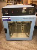 Incubator Robbins Scientific Mo
