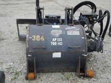 2013 Universal AP760 Skid Steer