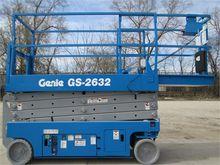 Used 2007 GENIE GS26
