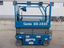 Used 2015 GENIE GS19
