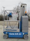 2007 GENIE GR20