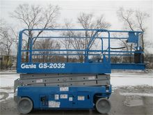 Used 2006 GENIE GS20