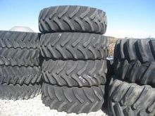 John Deere 600-38 Floater Tires