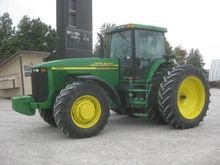 2000 John Deere 8210