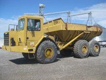 1990 Caterpillar D350D 6X6