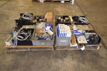 2 PALLETS OF ASSORTED LAB EQUIP