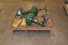 LOT OF 2 FISHER CONTROL VALVE R