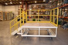 ROLLING CONVEYOR LADDER PLATFOR