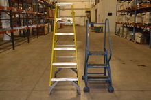 LOT OF 2 LADDERS, WERNER, COTTE