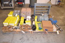 2 PALLETS OF ASSORTED HEATING A