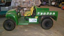 2004 john deere Gator 4X2 # 200
