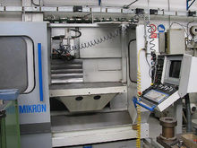 MIKRON UME 900 Vertical machini