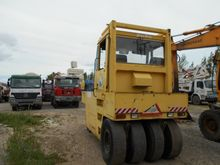 BOMAG BW16R Compactor