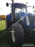 2008 New Holland T 8020